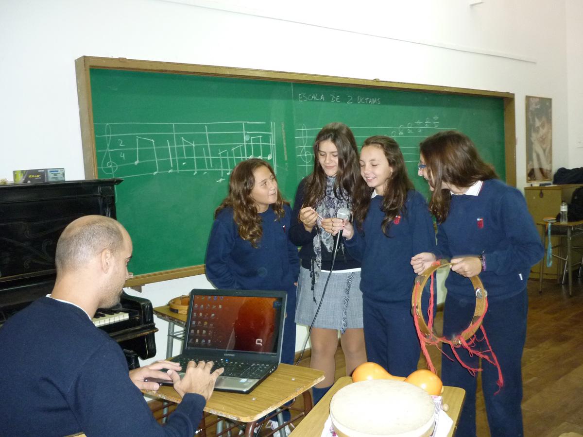 Área de Educación Musical